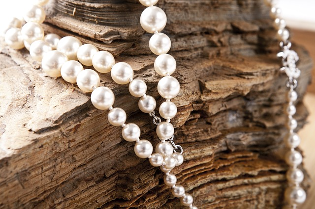 How to Buy the Best Pearls